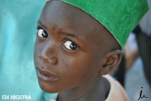 La mirada de un niño_rumboanigeria
