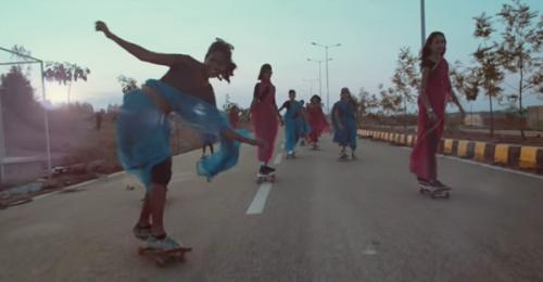 mujeres-skate-india-apha-female